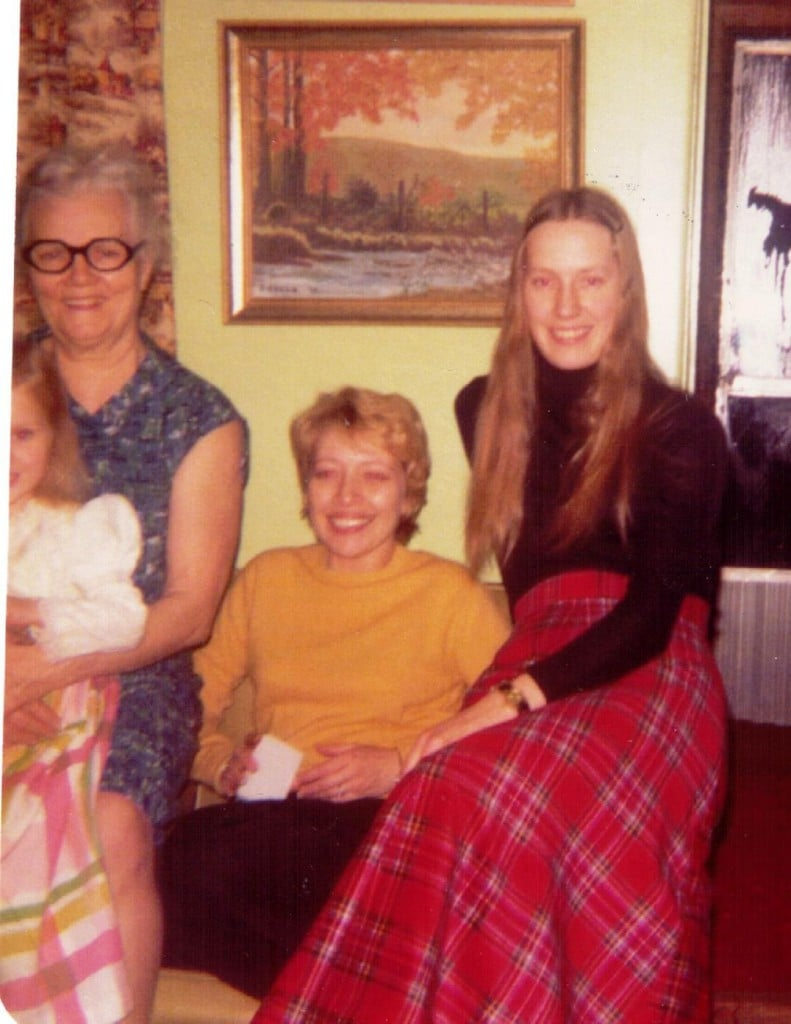 Dora Mae holding Rosanne with Beth and Sonja December 1974