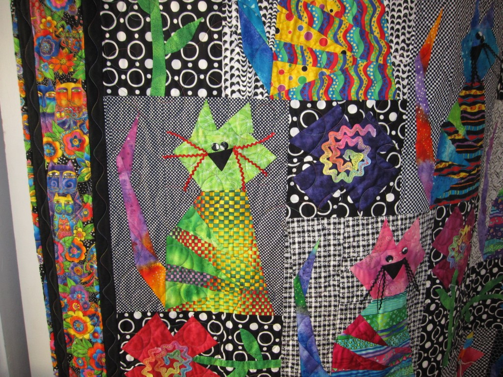 Those Crazy Catz Quilt Cats and Flowers